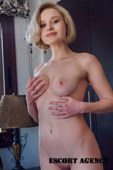 Slut Milan date